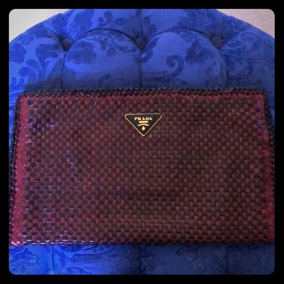 6d8e84bae58f Prada Bags | Envelope Clutch Leather Pouch Preowned | Poshmark